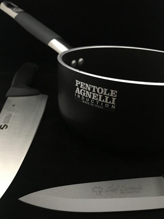 Pentole e coltelli professionali